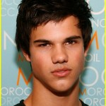 Selena Gomez y su ex Taylor Lautner juntos durante los MTV Video Music Awards 2011